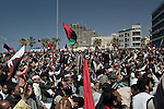 © Remi OCHLIK/IP3 -   Benghazi March 25, 2011 - Big prayer on Friday in front the court house along the sea