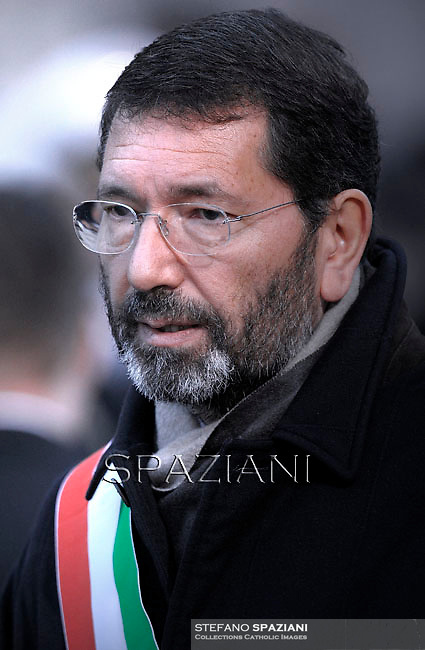 Rome's mayor Ignazio Marino .Pope Francis prayer ceremony during the traditionnal visit to the statue of Mary on the day of the celebration of the Immaculate Conception et Piazza di Spagna (Spanish Square).December 8, 2014.