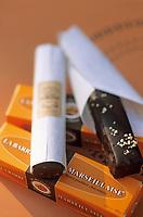"""Europe/France/Provence-ALpes-Côte d'Azur/13/Bouches-du-Rhône/Marseille: Chocolat """"La Barre Marseillaise"""" à la """"Torrefaction debout"""" 46 rue Francis Davso"""