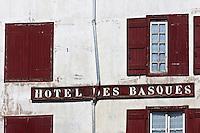 Europe/France/Aquitaine/64/Pyrénées-Atlantiques/Pays-Basque/Bayonne: Hôtel des basques, place Paul Bert
