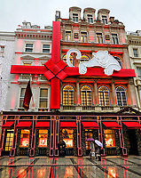 NOV 19 Cartier, New Bond Street at Christmas