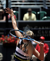 BOGOTÁ-COLOMBIA, 14-04-2019: Amanda Anisimova (USA), se prepara para servir a Astra Sharma (AUS), durante partido por la final del Claro Colsanitas WTA, que se realiza en el Carmel Club en la ciudad de Bogotá. / Amanda Anisimova (USA), prepares to serves to Astra Sharma (AUS), during a match for the final of the WTA Claro Colsanitas, which takes place at Carmel Club in Bogota city. / Photo: VizzorImage / Luis Ramírez / Staff.