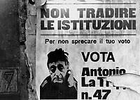 ROMA / ITALIA.UN IRONICO CARTELLONE ELETTORALE NEL CENTRO DELLA CAPITALE..FOTO LIVIO SENIGALLIESI