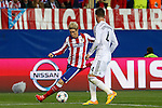 Atletico de Madrid's Fernando Torres (L) and Real Madrid´s Sergio Ramos during quarterfinal first leg Champions League soccer match at Vicente Calderon stadium in Madrid, Spain. April 14, 2015. (ALTERPHOTOS/Victor Blanco)