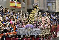 Bruderschaft Paso Encarnado bei  der Karfreitagsprozession der Semana Santa (Karwoche) in Lorca,  Provinz Murcia, Spanien, Europa