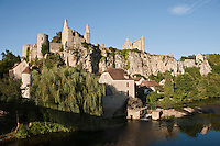 Europe/France/Poitou-Charentes/86/Vienne/Angles-sur-L'Anglin: Le Château et le moulin