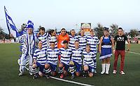 AA Gent Ladies - FC Utrecht :<br /> ploegfoto AA Gent met mascotte<br /> foto VDB / BART VANDENBROUCKE