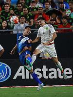 Ruben Morales de Guatemala y Hector Herrera de Mexico  ,durante partido entre las selecciones de Mexico y Guatemala  de la Copa Oro CONCACAF 2015. Estadio de la Universidad de Arizona.<br /> Phoenix Arizona a 12 de Julio 2015.