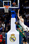 Zalgiris' Brandon Davies and Real Madrid's Santiago Yusta during Euroligue match between Real Madrid and Zalgiris Kaunas at Wizink Center in Madrid, Spain. April 4, 2019.  (ALTERPHOTOS/Alconada)