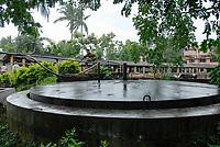 INDIA, West Bengal, Ramakrishna Ashram  in Nimpith - biogas plant for cooking gas / INDIEN Westbengalen , Ramakrishna Ashram Nimpith , Biogasanlage fuer Gewinnung von Kochenergie