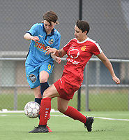20180414 - DIKSMUIDE , BELGIUM : Diksmuide Merkem's Debbie Decoene (L) and Kontich's Charlotte Andries (R) pictured during a soccer match between the women teams of Famkes Westhoek Diksmuide Merkem and KFC Kontch  , during the 22th matchday in the 2017-2018  Eerste klasse - First Division season, Saturday 14 April 2018 . PHOTO SPORTPIX.BE | DIRK VUYLSTEKE
