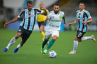 6th October 2021; Arena do Gremio, Porto Alegre, Brazil; Brazilian Serie A, Gremio versus Cuiaba; Thiago Santos of Gremio and Clayson of Cuiaba