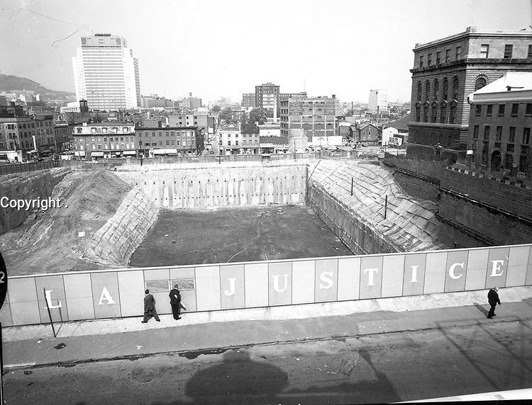 Construction du palais de justice de Montreal.<br /> 1966.<br /> Source : Ville de Montr»al. Gestion de documents et archives, VM94,A322-2.