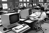 - impiegati degli uffici IBM di Santa Palomba (Roma, maggio 1984)<br /> <br /> - IBM employees in the Santa Palomba offices (Rome, May 1984)