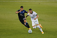 SAN JOSE, CA - SEPTEMBER 19: Marvin Loria #44 of the Portland Timbers is marked by Nick Lima #24 of the San Jose Earthquakes during a game between Portland Timbers and San Jose Earthquakes at Earthquakes Stadium on September 19, 2020 in San Jose, California.