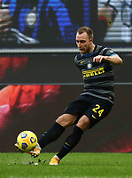 Calcio, Serie A: Inter Milano - Genoa , Giuseppe Meazza (San Siro) stadium, in Milan, February 28, 2021.  <br /> Inter's Christian Eriksen in action during the Italian Serie A football match between Inter and Genoa at Giuseppe Meazza (San Siro) stadium, on February 28, 2021.  <br /> UPDATE IMAGES PRESS/Isabella Bonotto