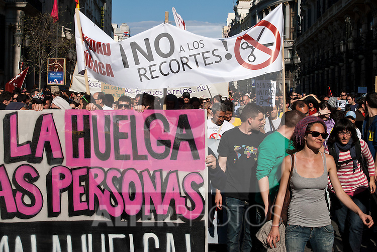 Thousands of workers taking part in a nationwide strike march through the streets of Madrid city.(ALTERPHOTOS/Muñoz Alconada)