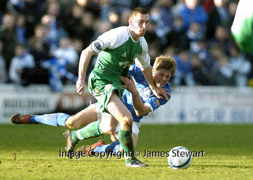 24/02/2007       Copyright Pic: James Stewart.File Name : sct_jspa18_qots_v_hibernian.IVAN SPROULE AND JAMIE ADAMS CLASH....James Stewart Photo Agency 19 Carronlea Drive, Falkirk. FK2 8DN      Vat Reg No. 607 6932 25.Office     : +44 (0)1324 570906     .Mobile   : +44 (0)7721 416997.Fax         : +44 (0)1324 570906.E-mail  :  jim@jspa.co.uk.If you require further information then contact Jim Stewart on any of the numbers above.........