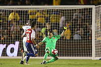 Pasadena, CA - Tuesday June 07, 2016: Colombia goalkeeper David Ospina (1) during a Copa America Centenario Group A match between Colombia (COL) and Paraguay (PAR) at Rose Bowl Stadium.