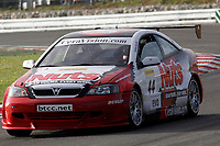 Round 10 of the 2005 British Touring Car Championship. #44. Andy Neate (GBR). Team Nuts with Daniel Motorsport. Vauxhall Astra Coupé.