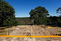 FOZ DO IGUAÇU, PR - 24.03.2020 – CORONAVIRUS-PR – Imagem do mirante do Parque Nacional do Iguaçu totalmente vazio na manhã desta terça-feira (24).O parque continua fechado para o público até a segunda ordem. Fato ocorre devido ao COVID-19. (Foto: Paulo Lisboa/Brazil Photo Press)