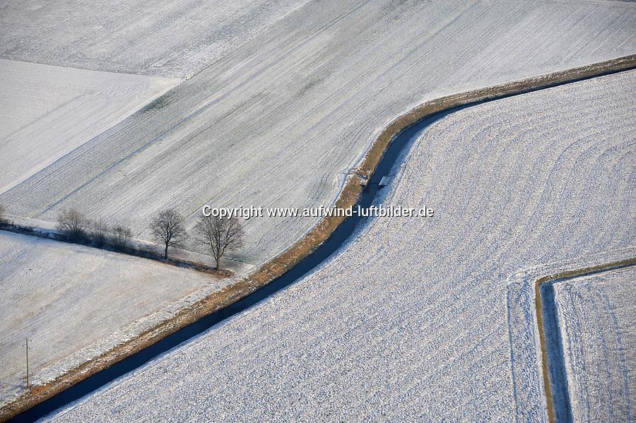 Winterlandschaft: EUROPA, DEUTSCHLAND, NIEDERSACHSEN, LUENEBURG (EUROPE, GERMANY), 08.01.2009: Winterlandschaft in der Elbmarsch, Acker, Feld, Graben, Schnee, Luftbild, Luftansicht, Air, Aufwind-Luftbilder..c o p y r i g h t : A U F W I N D - L U F T B I L D E R . de.G e r t r u d - B a e u m e r - S t i e g 1 0 2, .2 1 0 3 5 H a m b u r g , G e r m a n y.P h o n e + 4 9 (0) 1 7 1 - 6 8 6 6 0 6 9 .E m a i l H w e i 1 @ a o l . c o m.w w w . a u f w i n d - l u f t b i l d e r . d e.K o n t o : P o s t b a n k H a m b u r g .B l z : 2 0 0 1 0 0 2 0 .K o n t o : 5 8 3 6 5 7 2 0 9.V e r o e f f e n t l i c h u n g  n u r  m i t  H o n o r a r  n a c h M F M, N a m e n s n e n n u n g  u n d B e l e g e x e m p l a r !.