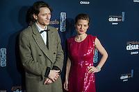 Raphael et MÈlanie Thierry ‡ la 42e CÈrÈmonie des CÈsars ‡ l'arrivÈe sur le tapis rouge de la salle Pleyel ‡ Paris le 24 fÈvrier 2017
