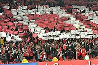 BOGOTA - COLOMBIA – 19 – 04 - 2017: Hinchas de Independiente Santa Fe, animan a su equipo durante partido entre Independiente Santa Fe de Colombia y Santos de Brasil, de la fase de grupos, grupo 2, fecha 3 por la Copa Conmebol Libertadores Bridgestone 2017, en el estadio Nemesio Camacho El Campin, de la ciudad de Bogota. / Fans of Independiente Santa Fe, cheer for their team during a match between Independiente Santa Fe of Colombia and Santos of Brasil, of the group stage, group 2 of the date 3, for the Conmebol Copa Libertadores Bridgestone 2017 at the Nemesio Camacho El Campin in Bogota city. VizzorImage / Luis Ramirez / Staff.