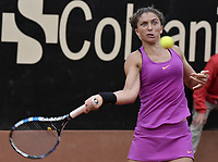 BOGOTA -COLOMBIA. 13-04-2017. Sara Errani (ITA) durante juego contra Johanna Larsson (SWE) de cuartos de final del Claro Open Colsanitas WTA 2017 jugado en el Club Los Lagartos en Bogota. /  Sara Errani (ITA) during match against Johanna Larsson (SWE) for the quater final of Claro Open Colsanitas WTA 2017 played at Club Los Lagartos in Bogota city. Photo: VizzorImage/ Gabriel Aponte / Staff