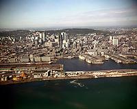 La CitŽ du havre, le port et le centre-ville de MontrŽal, 1966