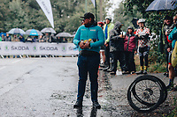 5th October 2021, AJ Bell  Womens  Cycling Tour, Stage 2,  Walsall to Walsall. Drops, Soigneur.