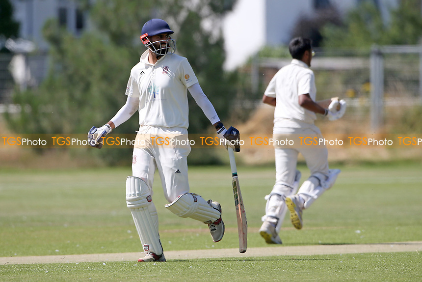Oakfield Parkonians CC (batting) vs Gidea Park and Romford CC, Hamro Foundation Essex League Cricket at Oakfield Playing Fields on 17th July 2021