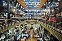Setor de periódicos da Biblioteca Nacional. Rio de Janeiro. 2008. Foto de Luciana Whitaker.