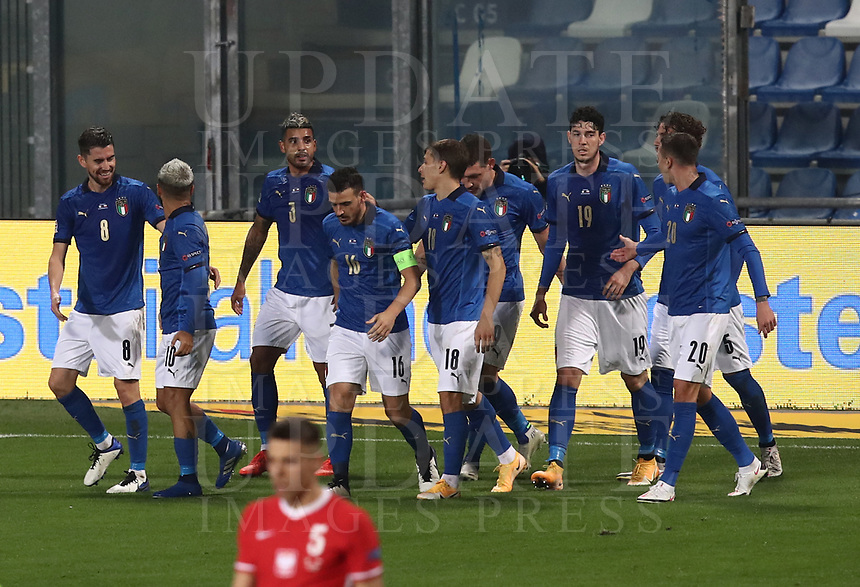 Football: Uefa Nations League Group A match Italy vs Poland at Mapei stadium, Città del Tricolore in Reggio Emilia, on Novemner 15, 2020.<br /> Italy's Jorginho celebrates after scoring with his teammates during the Uefa Nations League match between Italy and Poland at Mapei  stadium  città del Tricolore in Reggio Emillia, on November 15, 2020. <br /> UPDATE IMAGES PRESS/Isabella Bonotto