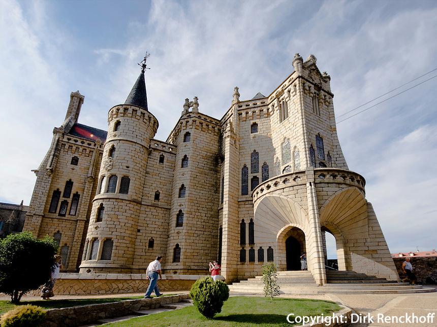 Bischofspalast erbaut von Antoni Gaudi, heute Museum der Wege  Museo de los Caminos, Leon, Kastilien-Leon, Spanien