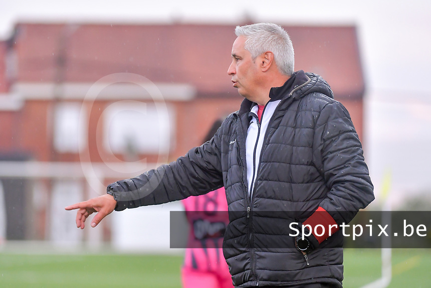 head coach Dirk Decoen of Eendracht Aalst pictured during a female soccer game between Sporting Charleroi and Eendracht Aalst on the 8th matchday in play off 2 of the 2020 - 2021 season of Belgian Scooore Womens Super League , tuesday 18 th of May 2021 in Marcinelle , Belgium . PHOTO SPORTPIX.BE | SPP | STIJN AUDOOREN