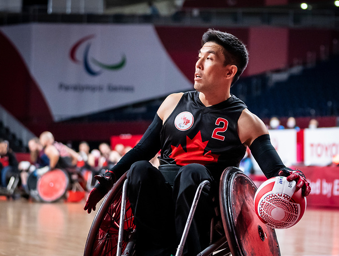 Travis Murao, Tokyo 2020 - Wheelchair Rugby // Rugby en fauteuil roulant.<br /> Canada takes on The USA in the preliminary round // Le Canada affronte Les Etats-Unis d'Amérique au tour préliminaire. 26/08/2021.