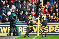 Photo: Ian Smith/Richard Lane Photography. Wasps v Bath Rugby. Aviva Premiership. 24/12/2016. Wasps' Christian Wade (L) celebrates scoring his side's second try with Jimmy Gopperth.