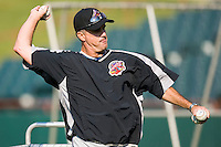 Akron Aeros pitching coach Tony Arnold (17) throws batting practice at Prince Georges Stadium in Bowie, MD, Tuesday June 17, 2008.