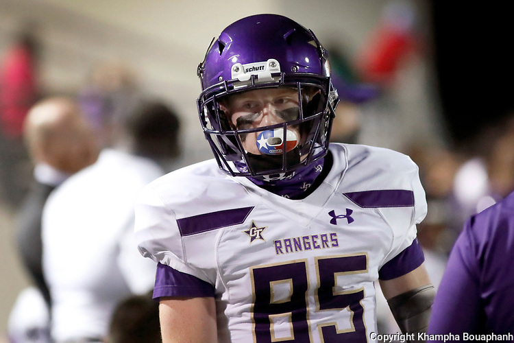 Chisholm Trail loses 32-16 against Denton in high school football on Thursday, October 1, 2020. (Photo by Khampha Bouaphanh)