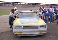 crew pushes car Winston 500 at Alabama International Motor Speedway in Talladega , AL on May 5, 1985. (Photo by Brian Cleary/www.bcpix.com)