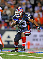 17 November 2008: Buffalo Bills' running back Marshawn Lynch rushes for yardage in the first quarter against the Cleveland Browns at Ralph Wilson Stadium in Orchard Park, NY. The Browns defeated the Bills 29-27 in the Monday Night AFC matchup. *** Editorial Sales Only ****..Mandatory Photo Credit: Ed Wolfstein Photo