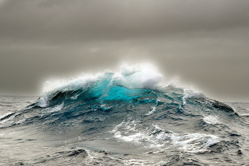 The Wave - A rogue wave that appeared from nowhere in the middle of the Great Southern Ocean.