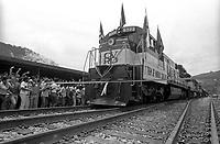 Inauguração da ferrovia de Carajás pela Vale do Rio Doce<br /> Marabá, Pará, Brasil<br /> Foto Paulo Santos/Interfoto<br /> 1985