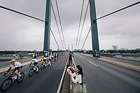 Team SKY escorting team leader Chris Froome (GBR/SKY) & yellow jersey / GC leader Geraint Thomas (GBR/SKY) over the bridge<br /> <br /> 104th Tour de France 2017<br /> Stage 2 - Düsseldorf › Liège (203.5km)