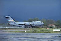 - aereo da trasporto C 17 dell'US Air Force....- transport aircraft C  17 of the US Air Force....