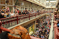 Pictured: Saturday 17 September 2016<br /> Re: Roald Dahl's City of the Unexpected has transformed Cardiff City Centre into a landmark celebration of Wales' foremost storyteller, Roald Dahl, in the year which celebrates his centenary.<br /> Hundreds pack the Castle Arcade, Cardiff, to watch the Fox String Quartet.