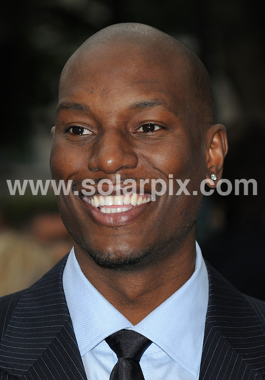 **ALL ROUND PICTURES FROM SOLARPIX.COM**.**WORLDWIDE SYNDICATION RIGHTS**.UK Premiere of Transformers - Revenge of the Fallen.  Held at the Odeon, Leicester Square, London, UK  Monday June 15, 2009..This pic: Tyrese Gibson..JOB REF: 9237 SSD     DATE: 15_06_2009.**MUST CREDIT SOLARPIX.COM OR DOUBLE FEE WILL BE CHARGED**.**ONLINE USAGE FEE GBP 50.00 PER PICTURE - NOTIFICATION OF USAGE TO PHOTO @ SOLARPIX.COM**.**CALL SOLARPIX : +34 952 811 768 or LOW RATE FROM UK 0844 617 7637**