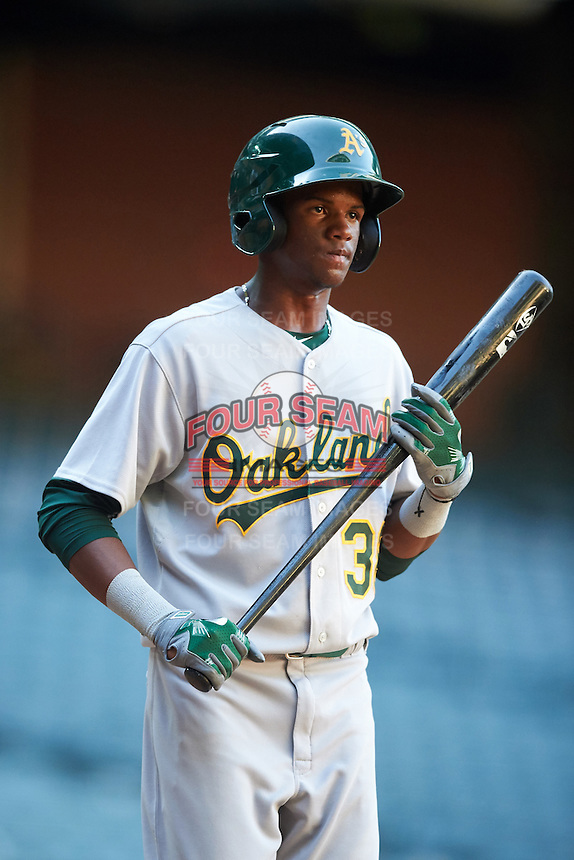 Oakland Athletics Kevin Richards (38) during an Instructional League game against the Arizona Diamondbacks on October 15, 2016 at Chase Field in Phoenix, Arizona.  (Mike Janes/Four Seam Images)