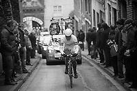 Gent-Wevelgem 2013.climbing backinto the narrow streets of Cassel (FRA).